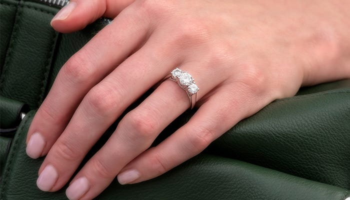 Top 10 Moissanite Engagement Rings for Valentine's Day