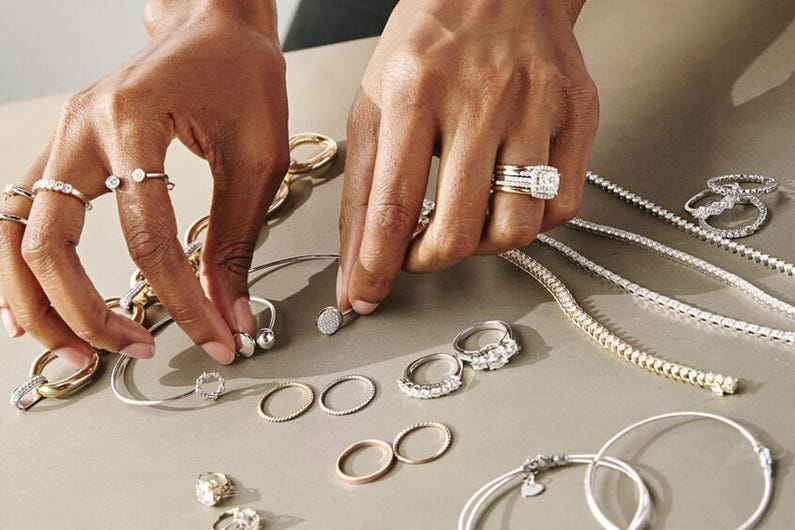 October Jewelry News Round-up