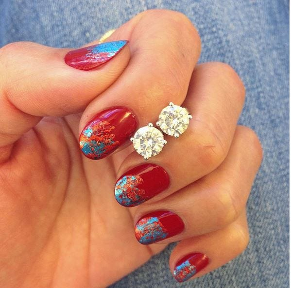 An amazing mani shared by Jennifer Yoo of Women's Health. The earrings? Our new Forever One™ Unity studs!