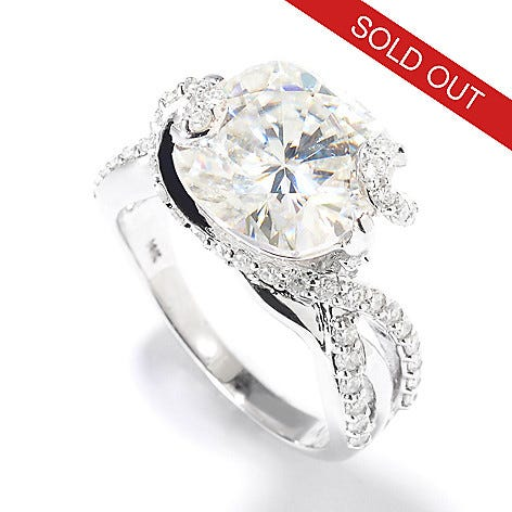 The 7.30ctw cushion cut ring was one of the many items to sell out during the show!